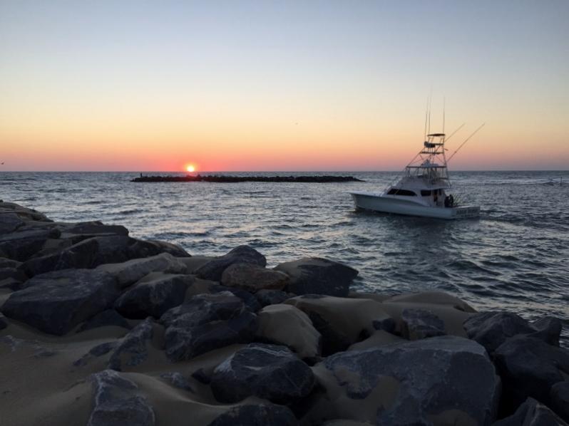 Slow day fishing virginia beach fishing center ltd for Head boat fishing virginia beach